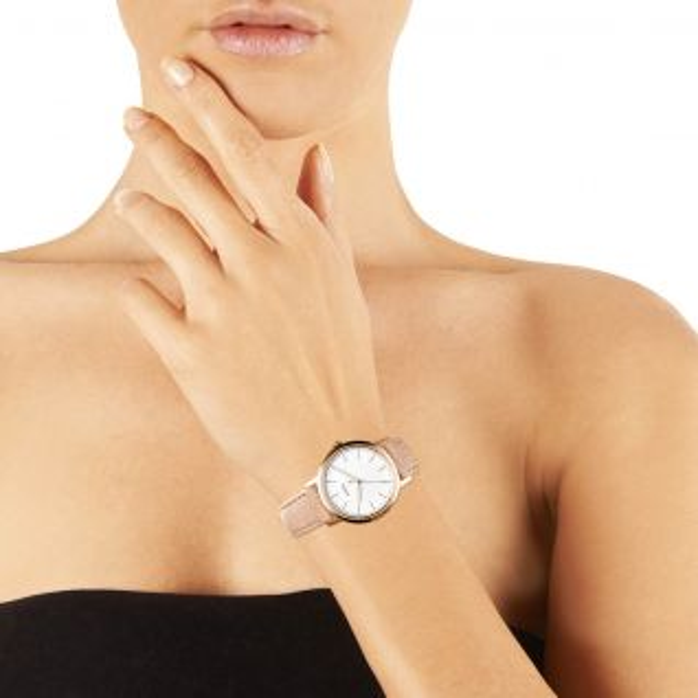 Montre Femme Analogique FOSSIL en 34 mm et Cuir Beige - CLEOR